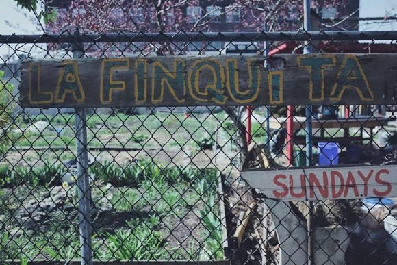 La Finquita - sign